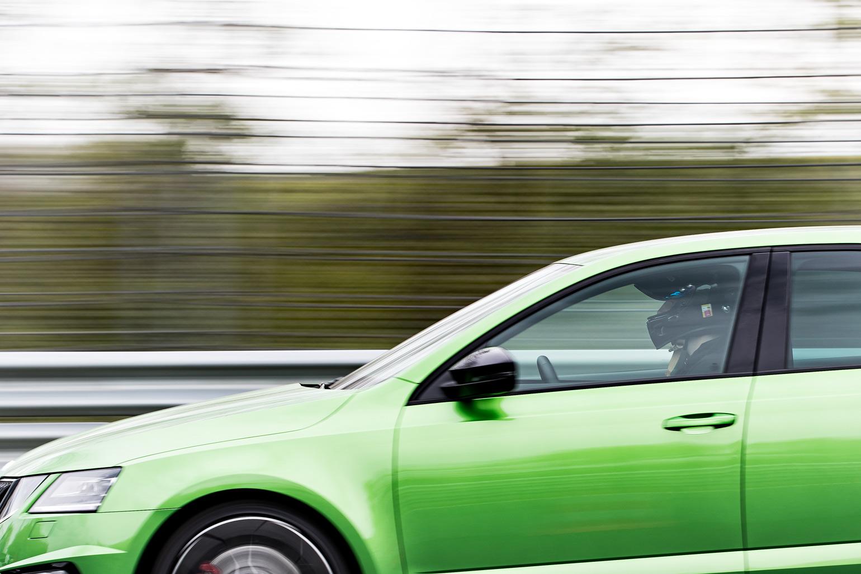 Max unterwegs beim ŠKODA Sportfahrer-Training auf der Nordschleife!