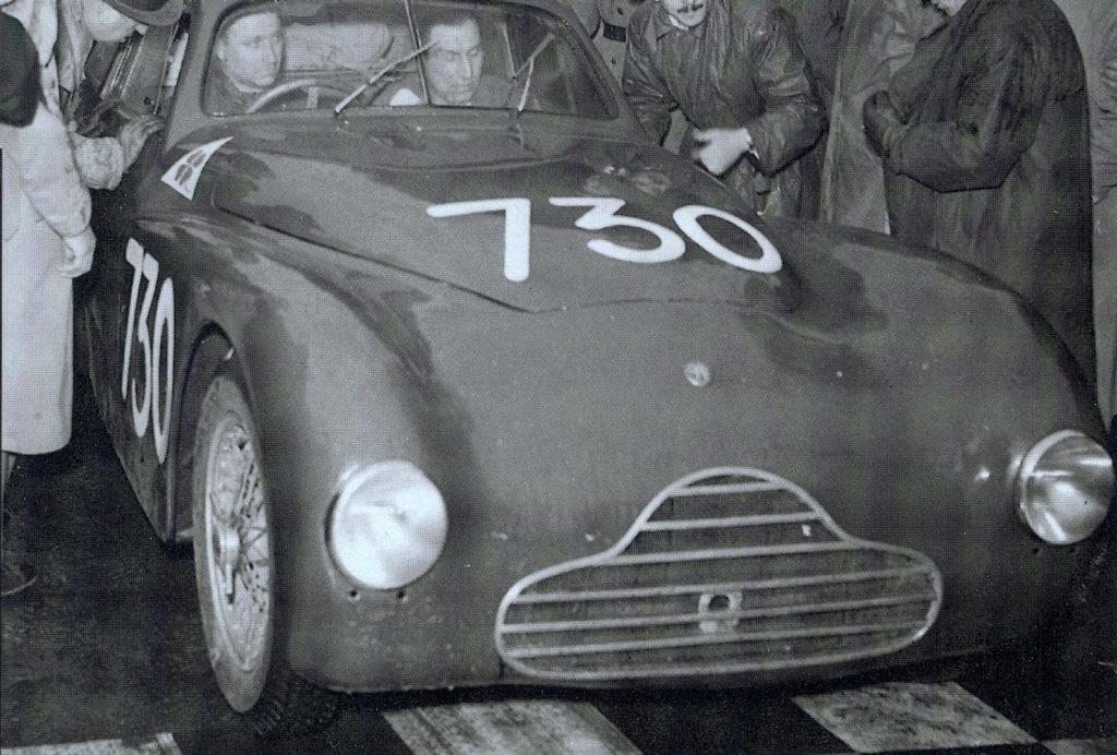 1950 tritt auch Juan Manuel Fangio für Alfa bei der Mille Miglia an