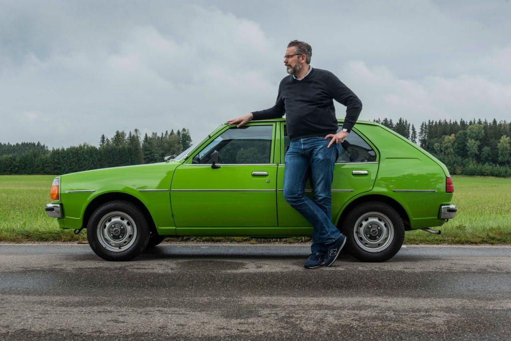 Tom Schwede und der Mazda 332 von 1979