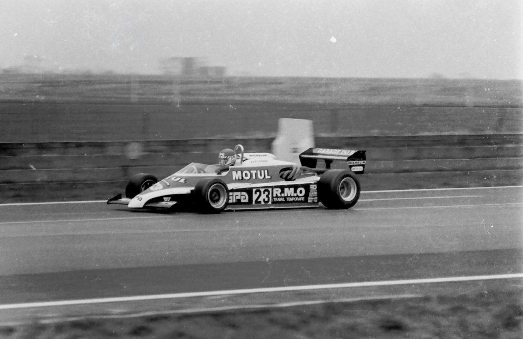 Philippe Streiff im AGS JH19 bei der INTERNATIONAL TROPHY in Silverstone, einem Rennen der Formel 2-Europameisterschaft 1982.